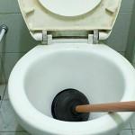トイレの「つまり」の主な原因と対処法