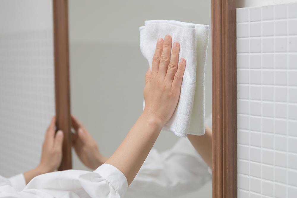 すっきりピカピカに! 鏡の掃除方法を知っておこう!
