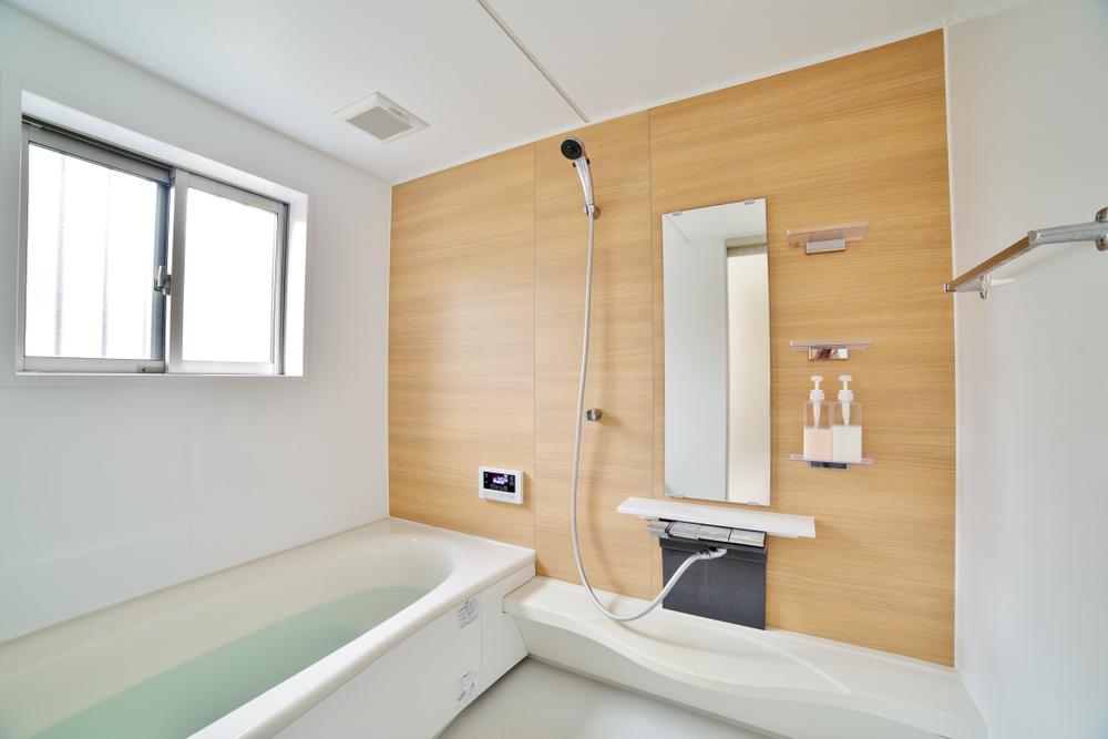 浴室に窓は必要? 浴室に窓をつけるメリットとデメリット